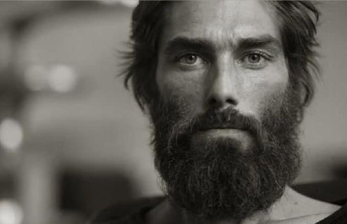 barbe-longue-fournie
