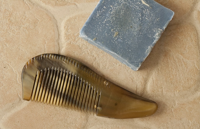Le peigne en corne de boeuf - Le Comptoir de la barbe