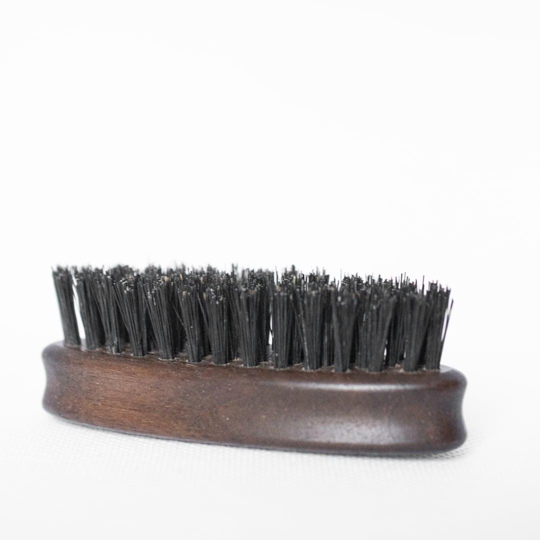 Brosse à barbe en poils de sanglier Barbedudaron